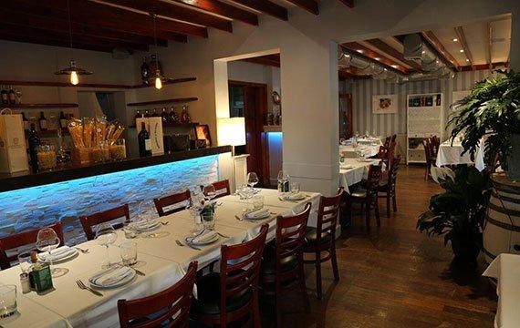 indoor boutique at Via Verdi italian restaurant