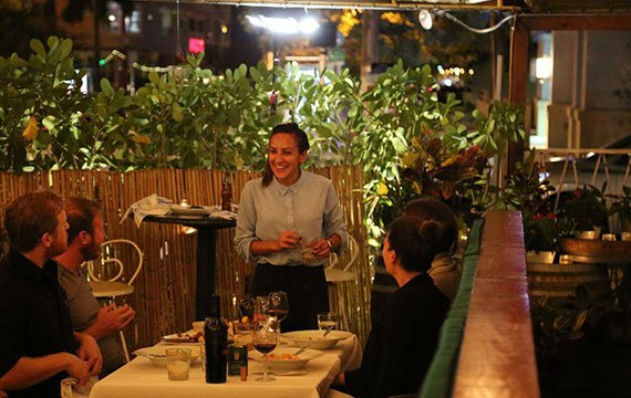 outdoor patio italian restaurant