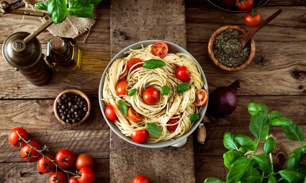 Spaghetti italian food